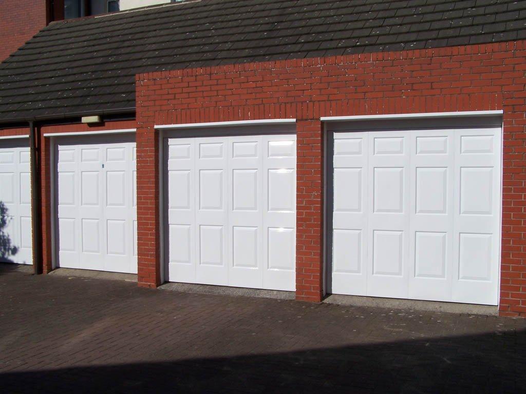 Garage doors after Revampz garage door refurbishment
