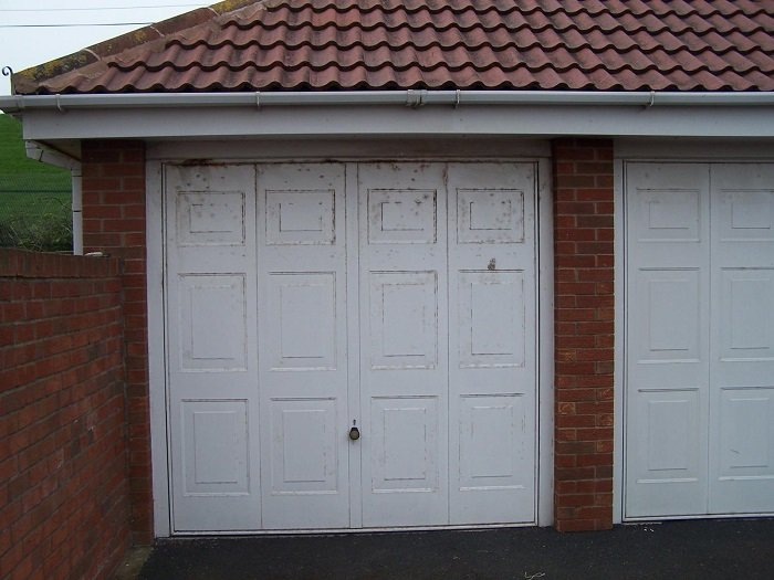Blackpool Steel garage door before upgrade