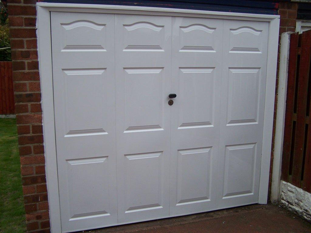 Lytham St Annes garage door after Revampz makeover